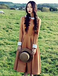 nouvelle robe de printemps femmes or couverture beige grande robe de swing