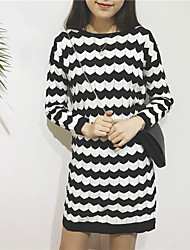 College Wind temperament dress inside the ride winter wave pattern loose long-sleeved knit dress was thin female