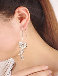 Boucle d'oreille Bijoux A Fleurs Pendant Acrylique Géométrique Gland euroaméricains Alliage Forme de Fleur Argenté Bijoux PourSoirée