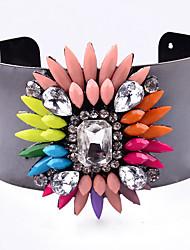 Femme Manchettes Bracelets Bijoux Mode Vintage Style Punk Gemme Alliage Forme Géométrique Noir Bijoux Pour Occasion spéciale 1pc