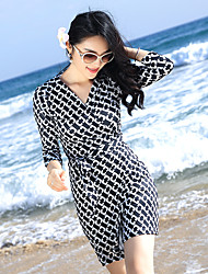 2017 new printed wrap dress V-neck long dress beach dress Slim skirt seaside resort