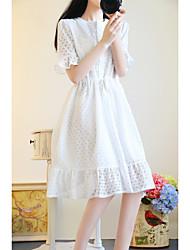 signent un nouvel été robe en dentelle ourlet élastique à la taille volantée arc doux