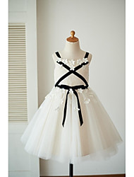 A-line Knee-length Flower Girl Dress - Lace Tulle Straps with Bow(s) Flower(s) Sash / Ribbon