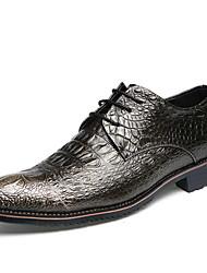 Masculino sapatos Couro Primavera Verão Conforto Oxfords Caminhada Cadarço Para Casamento Festas & Noite Dourado Preto