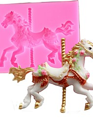 Random Color 3D Carousel Horse Mould Silicone Fondant Cake Molds Kitchen Cake Decorating Baking Tools Candy Clay Gumpaste Chocolate Mould