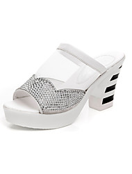 Damen Sandalen Komfort Mikrofaser Sommer Normal Komfort Keilabsatz Weiß Schwarz 5 - 7 cm