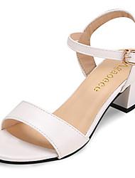 Damen Sandalen Komfort Slouch Stiefel PU Frühling Sommer Normal Walking Komfort Slouch Stiefel Schnalle Weiß Schwarz Unter 2,5 cm