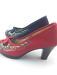 Для женщин Обувь на каблуках Ткань Весна Осень Пряжки Цветы На толстом каблуке Темно-синий Красный 4,5 - 7 см