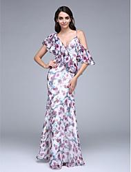 Funda / Columna Cuello en V Hasta el Suelo Raso Baile de Promoción Evento Formal Vestido con Botones Volantes por TS Couture®
