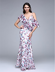 TS Couture Prom Formal Evening Dress - Pattern Dress Sheath / Column V-neck Floor-length Chiffon with Buttons Ruffles