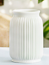 Modern Ribbed Design Small White Ceramic Decorative Tabletop Centerpiece Vase / Flower Pot