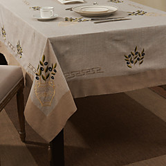 "69 ""X104"" Modern Style Retro Beige Floral Table Cloth"