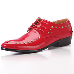 Men's Spring / Summer / Fall Comfort / Closed Toe Leather Wedding / Office & Career / Party & Evening Rivet / Lace-up Black / Red / White