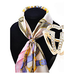 HUALUO®European and American fashion scarf buckle Korean high-grade diamond brooch Ms. hollow buckle shawl accessories