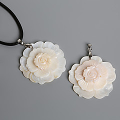 Beadia 48mm Natural Mother of Pearl 3 Layer Flower White Shell Pendant (1Pc)