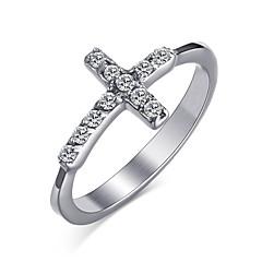 Dames Ring Kristal Basisontwerp Modieus Kruis PERSGepersonaliseerd Euramerican Eenvoudige Stijl Kostuum juwelen Roestvast staal