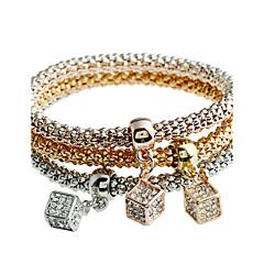 בגדי ריקוד נשים צמידים יהלום טבע ביקיני סטייל פאנק תכשיטי יוקרה תכשיטים אבן נוצצת Circle Shape תכשיטים עבור בית הספר חגים חג מולד עבודה