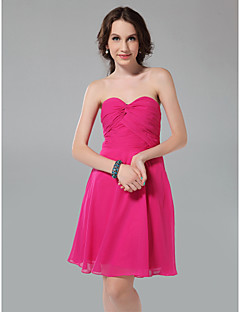 Knee-length Chiffon Bridesmaid Dress A-line / Princess Strapless / Sweetheart Plus Size / Petite with Criss Cross / Ruching