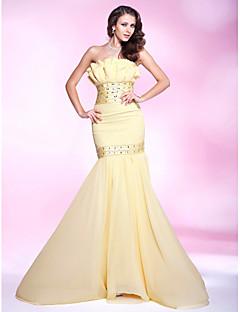 TS Couture® Prom / Military Ball / Formal Evening Dress - Daffodil Plus Sizes / Petite Trumpet/Mermaid Strapless Sweep/Brush TrainChiffon / Stretch
