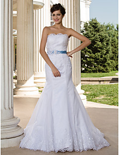 Trumpet/Mermaid Plus Sizes Wedding Dress - White Court Train Strapless Lace