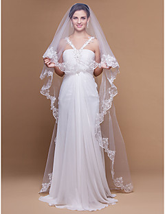 Wedding Veil One-tier Cathedral Veils Lace Applique Edge / Scalloped Edge 106.3 in (270cm) Tulle White / IvoryA-line, Ball Gown,