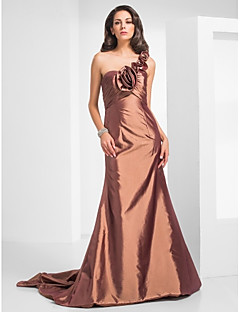 Formal Evening / Military Ball Dress - Brown Plus Sizes / Petite Trumpet/Mermaid One Shoulder Court Train Taffeta