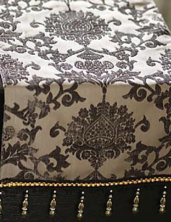 European Style Floral Pattern Table Runner med dusker