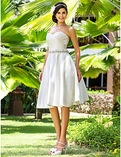 Lanting Bride® A-line / Princess Petite / Plus Sizes Wedding Dress - Classic & Timeless / Glamorous & Dramatic / Reception Knee-length
