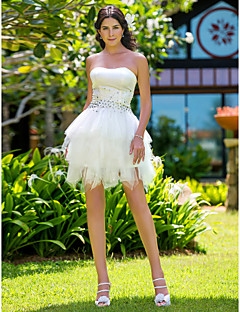 Lanting Bride Ball Gown Petite / Plus Sizes Wedding Dress-Short/Mini Strapless Satin / Tulle