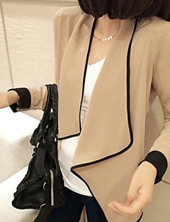 Frauen asymmetrische neckine lose Strickjacke (Größe passt = s)