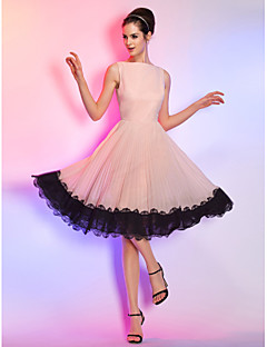 hjemkomstcocktailparty / homecoming / ferie dress - perle rosa pluss størrelser a-linje bateau knelang chiffon