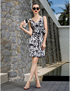 Homecoming Cocktail Party/Holiday/Prom Dress - Print Plus Sizes Sheath/Column V-neck Knee-length Chiffon