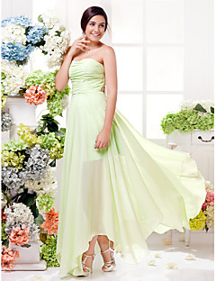 Lanting Bride® Asymmetrical Chiffon Bridesmaid Dress Sheath / Column Sweetheart Plus Size / Petite with Ruching