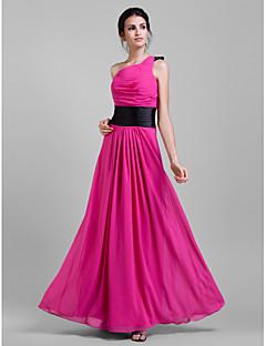 신부 들러리 드레스 - 퓨샤 시스/컬럼 바닥 길이 원 숄더 쉬폰 플러스 사이즈