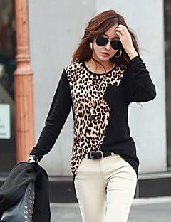 ocasional t-shirt gola redonda leopardo emenda das mulheres ts