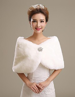 Fur Wraps / Wedding  Wraps Shrugs Faux Fur Ivory Wedding / Party/Evening