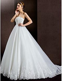 Lanting Bride® A-Linie Drobná / Nadměrné velikosti Svatební šaty Velmi dlouhá vlečka Bez ramínek Krajka / Organza / Satén s