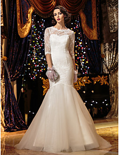 LAN TING BRIDE Trumpet / Mermaid Wedding Dress See-Through Sweep / Brush Train Scoop Lace with Button