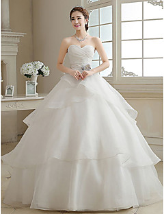 Ball Gown Wedding Dress Vintage Inspired Floor-length Sweetheart Organza with Criss-Cross Flower Tiered