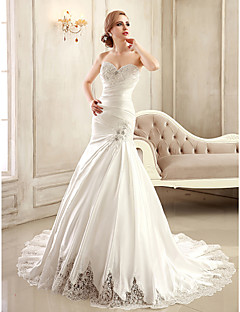 Trumpet/Mermaid Wedding Dress - White/Ivory Chapel Train Strapless/Sweetheart Satin