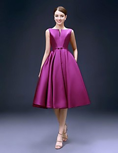 A-Line Bateau Neck Knee Length Satin Cocktail Party Homecoming Dress with Pockets