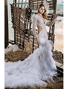 Sheath/Column Chapel Train Wedding Dress -V-neck Tulle