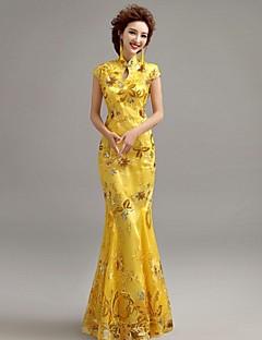 Fiesta formal Vestido - Amarillo Corte Sirena Hasta el Suelo - Escote Alto Encaje