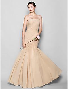 Lanting Bride® Longo Chiffon Vestido de Madrinha - Justo & Evasê Coração Tamanhos Grandes / Mignon com Cruzado