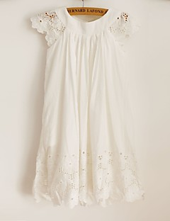 Sheath / Column Knee-length Flower Girl Dress - Cotton / Lace Short Sleeve Scoop with