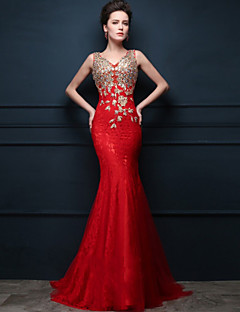 Formal Evening Dress Trumpet / Mermaid V-neck Sweep / Brush Train Tulle with Appliques / Crystal Detailing