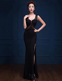 Formal Evening Dress - Black Trumpet/Mermaid V-neck Floor-length Lace