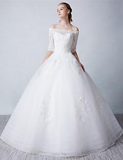 볼 드레스 웨딩 드레스 바닥 길이 보트넥 튤 와 비즈 / 레이스