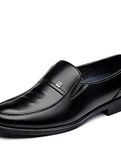 HerrenBüro Lässig-Kunstleder-Niedriger Absatz-Komfort formale Schuhe-Schwarz Braun