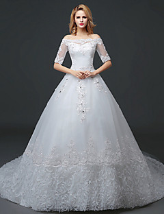 A-line Wedding Dress Court Train Bateau Lace / Tulle with Lace